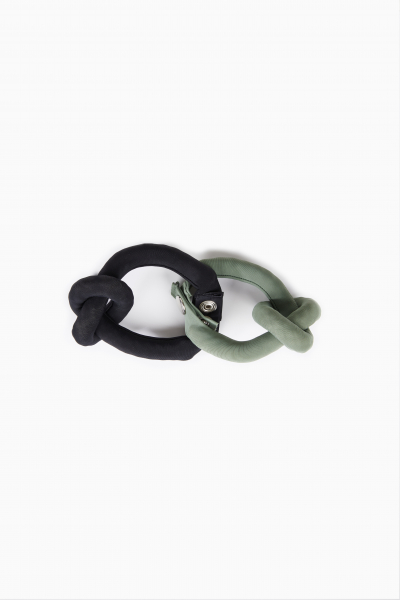Bracelet knot